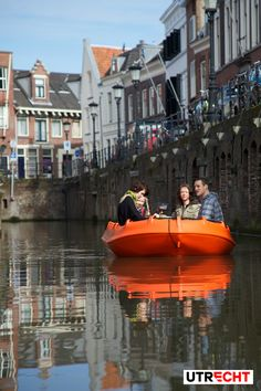 Sailing at the canals of #Utrecht.