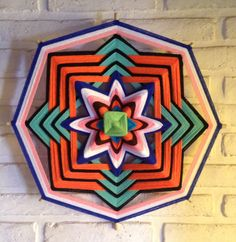 mandalas de lana - Buscar con Google Indian Living Rooms, Gods Eye, Paper Quilling, Mandala Art, String Art, American Indians, Overlays, Origami, Hand Weaving