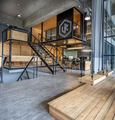 Gallery of ALP Logistic Office / JC Architecture - 3 - .- Gallery of ALP Logistic Office / JC Architecture – 3 – Gallery of ALP Logistic Office / JC Architecture – 3 – - Industrial Office Design, Office Space Design, Industrial House, Office Interior Design, Office Interiors, Industrial Chic, Kitchen Industrial, Office Designs, Industrial Bookshelf