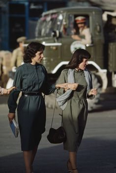 Women in Kabul, Afghanistan in the late 1970s. Photo: Steve Raymer / National Geographic