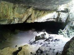 Primer salón de la cueva del nitro