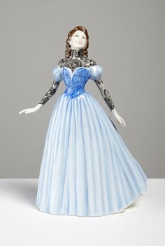 New Ceramic Ladies Beautifully Covered with Traditional Tattoos - My Modern Met