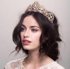 Crown for queen