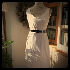 ✨HOST PICK✨ Sweet white dress 👗 sweet summer☀️white dress with tiny black belt! It says size 9 but it fits like a junior size 7 or misses size 6 A. Byer Dresses