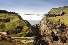 Shortlisted Concept Designs Revealed for the Tintagel Castle Footbridge,Proposal: Ney & Partners Civil Engineers with William Matthews Associates, Ettwein Bridges, Waagner Biro, Ramboll and Jackson Coles LLP. Image © MRC/Emily Whitfield-Wicks