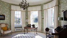 INTERIOR DESIGN ∙ COUNTRY HOUSES ∙ Scotland - Todhunter EarleTodhunter Earle - living room windows