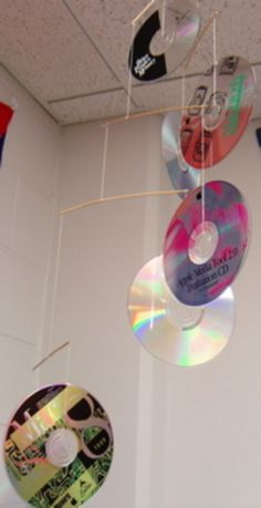 """""""Mobile"""" Home - a mobile made from old CDs Cd Crafts, Preschool Crafts, Thanksgiving Crafts For Toddlers, Crafts For Kids, Summer Crafts, Old Cds, Christmas Gifts For Coworkers, Toddler Crafts, Gift Baskets"""