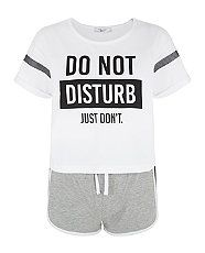 White Do Not Disturb Short Pyjama Set Teen Pjs, Pajamas For Teens, Girls Pajamas, Pajama Outfits, Pajama Shorts, Cotton Shorts, Pijama Disney, Primark, Cute Sleepwear