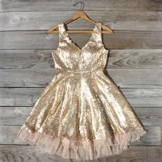 Dazzling Dusk Party Dress, Sweet Women's Bohemian Clothing- new years? Glitter Fashion, New Years Dress, Vogue, Sequin Party Dress, Sweet Dress, Classy And Fabulous, Look Cool, Dress Me Up, Pretty Dresses