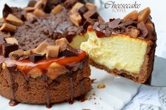 Toffee Cheesecake - Retete culinare by Teo's Kitchen Toffee Cheesecake, Lidl, Cheesecakes, Nutella, Caramel, Good Food, Brownies, Cupcakes, Sweets