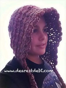 Work up a crochet scoodie with lion brand homespun or bernat boucle yarn. A hood and pocket scarf in one. Crochet Scarves, Crochet Yarn, Crochet Clothes, Free Crochet, Crocheted Hats, Crochet Ruffle, Crochet Adult Hat, Crochet Hood, Irish Crochet