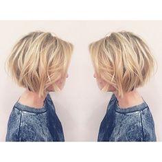 Geschichteten Kurze Bob Haarschnitt - Balayage Kurze Frisuren für Frauen