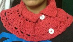 Cowl with collar