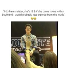 Shawn is so cute being an overprotective big brother 😍 Shawn Mendes Shirtless, Shawn Mendes Songs, Shawn Mendes Tour, Shawn Mendes Concert, Shawn Mendes Quotes, Shawn Mendes Imagines, Shawn Mendes Sister, Videos Funny, Funny Memes
