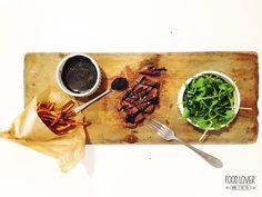 Chuck tender steak s balzamikovou redukcí a hranolkami z batátů Chuck Tender, Tender Steak, Cooking, Cat, Food, Kitchen, Cat Breeds, Essen, Meals