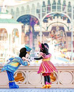 Disney Dream, Disney Magic, Walt Disney, Tokyo Disney Resort, Tokyo Disneyland, Disney Facts, Disney Memes, Cartoon Wallpaper Iphone, Disney Wallpaper