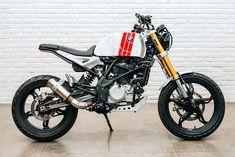 Inilah Sosok Mobil Sport Murah dan Terlaris di Indonesia - Kik News Best Motorbike, Motorbike Design, Custom Motorcycle Helmets, Motorcycle Wheels, Motorcycle Travel, Women Motorcycle, Bmw G310r, Bike Bmw, Bmw Motorcycles