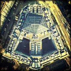 Gmach Główny PW (czy nie przypomina głowy Dartha Vadera? :) ) / WUT`s Main Building (does it remind you of Darth Vader`s head?) fot./photo: BirdEye.pl n #politechnikawarszawska #politechnika #warsaw #warszawa #warsawuniversityoftechnology #architektura #architecture #instawarszawa #instawarsaw
