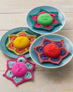 Brighten up your spring cleaning routine with these fun scrubbies. Shown in Lily Sugar n Cream.