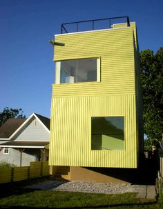 Urban infill home in New Orleans by Planetary One