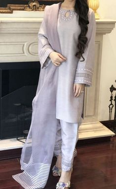 Girls Dresses Sewing, Stylish Dresses For Girls, Casual Dresses, Fashion Dresses, Casual Wear, Eid Dresses, Women's Fashion, Designer Party Wear Dresses, Kurti Designs Party Wear