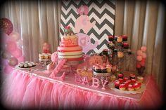 Letras de madera en rosa para baby shower
