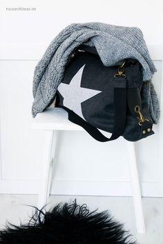 Schultertasche Canvas STAR mit Ledergriffen schwarz