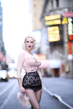 Miss Ladybug's new flapper girl sweater inspired me to take this beauty to Broadway! Pin Up Outfits, Sexy Outfits, 1950s Fashion, Vintage Fashion, Secret In Lace, Vintage Mode, Estilo Retro, Looks Vintage, Pin Up Girls