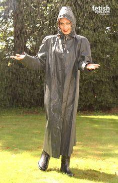 Kleppermode Weather Wear, Wet Weather, Post Bank, Rain Cape, Rubber Raincoats, Plastic Raincoat, Rain Wear, Catsuit, Rainy Days