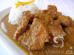 Vepřové maso podle receptu na indický způsob připravujeme v troubě a podáváme s jasmínovou rýží. No Salt Recipes, Cooking Recipes, Chicken Wings, Stew, Yummy Food, Baking, Fine Dining, Cooking, Recipes