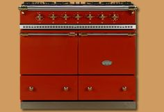 Vintage inspired oven.  Comes in multiple colors.