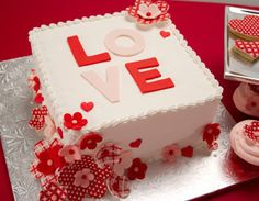 Para comemorar aniversários de casamento, namoro, noivado ou simplesmente um mimo para o parceiro (a)!