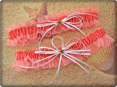 Coral and Creme Garter