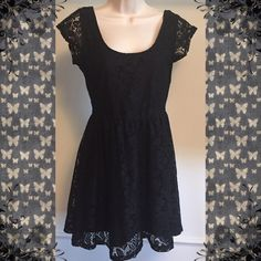 "🆕 Adorable lace scoop neck skater dress ❌FINAL PRICE❌ NWOT- flawless! Cute & sexy! Fully lined. Measures approx 33"" long, 34"" bust, & 28"" waist. 100% nylon & polyester. Size small. 💛Bundle discount! 💛 NO TRADES💛 Price FIRM unless bundled. Cotton On Dresses Mini"