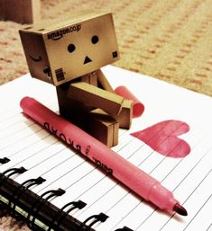 Danbo writing a love note! Robot Cute, Box Robot, Danbo, Amazon Box, Love Is Everything, Cute Box, Little Boxes, Favim, Fantasy Art