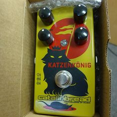 Catalinbread Katzenkönig in excellent condition, played for probably less than 1/2 hour total. Never gigged, stomped on, no velcro.  Looks fantastic.  Includes original box. Ships with new battery inside.This pedal does exactly what is shown in the review videos. Love the tone and harmonics.  It's a keeper pedal, I just don't need it right now.Item will ship on the next business day after purchase. Local pickup ok too.Thanks and please message me with any questions!