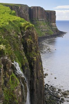Kilt Rock Basalt Cliffs, Staffin, Isle of Skye.