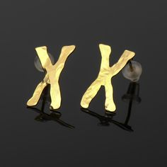 chromosome+shaped+earrings++DNA+related+24+karat+gold+by+Delftia,+$34.00