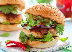 Spicy Bleu Cheese Chicken Burger Recipe / Try this burger tonight — any cook can tackle this simple recipe!