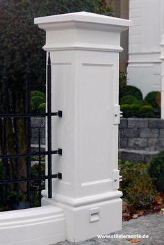 Torpfeiler, Zaunpfeiler ,Pfeiler /concrete pier (pillar) and cap . House Fence Design, Front Wall Design, Wood Fence Design, House Outside Design, Door Gate Design, Modern House Design, Wrought Iron Driveway Gates, Front Gates, Entrance Gates