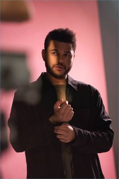 Following in the footsteps of David Beckham, singer The Weeknd collaborates with H&M. Ahead of the release of The Weeknd's selected Spring Icons or wardrobe essentials, H&M unveils a behind the scenes look at the singer's campaign. Related: The Weeknd Covers WSJ Magazine, Talks Haircut Talking about the curated range, which launches March 2, 2017,... [Read More]