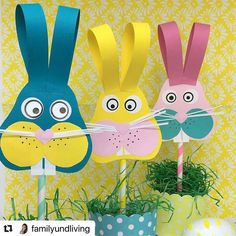 kids crafts easter / kids crafts & kids crafts easy & kids crafts for boys & kids crafts for toddlers & kids crafts easter & kids crafts easy diy & kids crafts easy simple & kids crafts for spring Spring Crafts For Kids, Diy Crafts For Kids, Art For Kids, Craft Activities, Preschool Crafts, Daycare Crafts, Easter Art, Easter Bunny, Easter Eggs