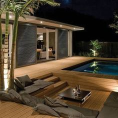 Above Ground Pool, sunk in seating