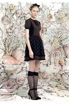 Добро пожаловать в сказку / Лукбуки / Модный сайт о стильной переделке одежды и интерьера