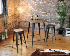 LumiSource Oregon Pub Table