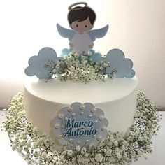 😇 . #xuxucakes #vamosadocaromundo #bolodeaniversario #bolo #ganache #ideiasdebolosefestas #bolodeninho #sweetcake #bologourmet #cake… Christening Party, Baptism Party, Baptism Decorations, Baby Boy Baptism, Baptism Favors, Personalized Birthday Gifts, Cake Toppers, Party Favors, Birthday Parties
