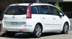 2007-2010_Citroën_C4_Picasso_wagon_(2011-03-08)_02.jpg (3444×1884)