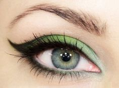 how to give yourself a beautiful Green Eye Shadow Tutorial