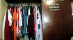 Ya no le cabe ropa a mi guardarropa!!! Es todo eso y más ropa, la cual la tapa las puertas del clóset :s
