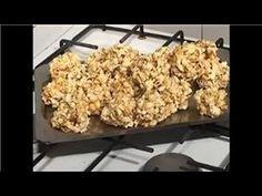Te gustaria saber como preparar bolas de palomitas de maiz, aqui te mostramos como lo puedes lograr en tres simples pasos. Series Description: Latin Guru